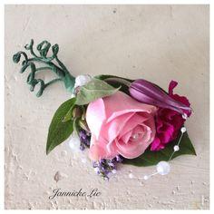 #corsage #bridesmaid #wedding #bale