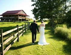 Beautiful #farmwedding at #ArmstrongFarms featured on Huffington Post Weddings. Photo by Amanda Wilson Photography