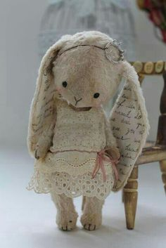 Vintage bunny - I would name her Mimzy