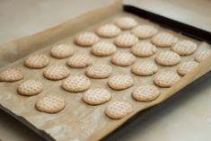 Co bude dobrého?: Esíčka skořicová a kakaová Bude, Cookies, Fitness, Food, Biscuits, Meal, Essen, Hoods, Cookie Recipes