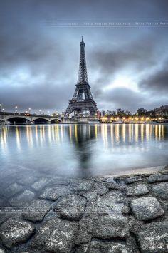 Tour Eiffel by Périg MORISSE #cloudy #europe #france #paris #river #seine #sky #sunrise