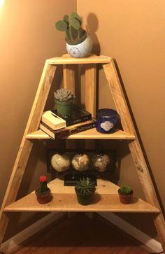 DIY corner shelf made from pallet wood