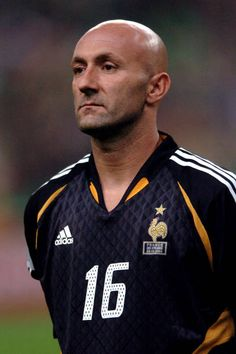 France V Ireland 2006 Pictures and Photos Buffon Goalkeeper, Fabien Barthez, Soccer, Running, Stars, Ireland, People, Photos, Pictures