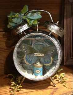 Wandering Star: CHA Winter 2013 - wonderful new clock piece from Idea-ology, Tim Holtz - wow, love it!