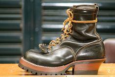 WESCOウエスコ VIBRAM#100 前トリプル+後ろシングル カスタム | レッドウィング ウエスコ ホワイツのソール交換 ブーツ修理 リペアはリブロス【Re:broth】 Brown Shoe, Dr. Martens, Apples, Combat Boots, Boards, Shoes, Fashion, Planks, Moda