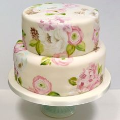 Floral wedding cake but I don't like fondant   #DBBridalStyle