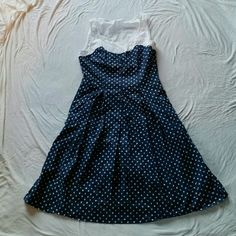 Blue Polka Dot Dress 50s style flare dress. POCKETS. Blue with white polka dots and white lace. Dresses Asymmetrical