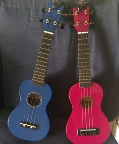 My first Uke (blue), passed on to another new learner now :)