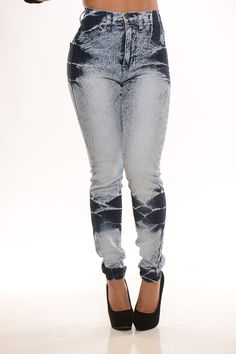 eea1e2bd04d2 Ice Bleached Jeans a fun twist on a classic