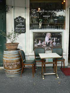 Café Louis Philippe - 66 Quai de l'Hôtel de ville, 75004 Paris, France