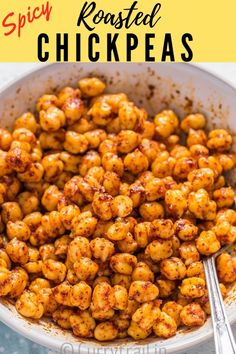 These crispy spicy roasted chickpeas are anything but addictive. These are healthy oven roasted super crispy snack perfect for you snack cravings! Roasted Garbanzo Beans, Oven Roasted Chickpeas, Garbanzo Bean Recipes, Crunchy Chickpeas, Chickpea Recipes, Vegetarian Recipes, Healthy Recipes, Nut Recipes, Bread Recipes