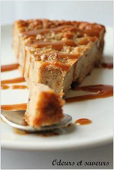 Pudding pour ne plus jeter le pain rassis !!   A personnaliser a volonté : sucré a la vanille, façon pain d'épices, au chocolat ou aux raisins secs, ou bien salé au bacon, aux champignons ou au roquefort.  Une bonne façon de bien manger sans rien gacher !