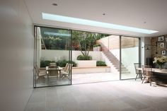 Thin sliding doors I want for lounge and master bedroom, with centre two doors that slide open.