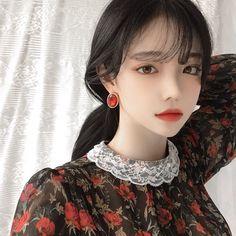 Girl, korean, and ulzzang image. Korean Face, Korean Girl, Asian Girl, Korean Ulzzang, Ulzzang Korea, Texture Photography, Uzzlang Girl, Grunge Girl, Beauty Editorial
