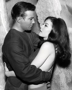 "Captain Kirk (William Shatner) and Andrea (Sherry Jackson) - Star Trek: The Original Series ""What are Little Girls Made Of?"" (First Broadcast: October Star Trek 1966, Star Trek Tv, Star Wars, Star Trek Ships, Star Trek Original, Sherry Jackson, Star Trek Episodes, I See Stars, Star Trek Images"