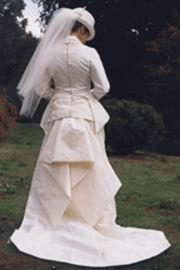 side saddle habit for wedding dress--a different take in a wedding dress....love it!!!