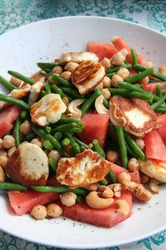 watermelon and halloumi salad Watermelon And Halloumi, Halloumi Salad, Good Enough To Eat, Side Salad, Kung Pao Chicken, Pasta Salad, Salad Recipes, Grilling, Salads