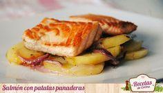 Salmón a la plancha con patatas panaderas -  El salmón es un alimento muy interesante por su alto contenido en proteínas y ácidos grasos omega-3, que contribuyen a disminuir los niveles de colesterol y triglicéridos plasmáticos, y aumentan además la fluidez de la sangre. Muy recomendable por tanto para quienes sufren trastornos... - http://www.lasrecetascocina.com/2013/06/08/salmon-a-la-plancha-con-patatas-panaderas/