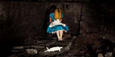 Alice without wonderland, part of the Fallen Fairytale Princesses series by Thomas Czarnecki Dark Disney, Disney Magic, Geeks, Dragons, Dramatic Photos, Classic Fairy Tales, Princess Cartoon, Princess Art, Fan Art