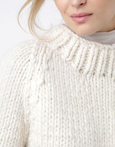 05 wes sweater ivorywhite #BlackFridayGang Winter Sweaters, Knitting Designs, Black Friday, Turtle Neck, Wool, Stylish, Sexy, How To Wear, Fashion