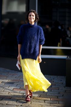 lovely french easy-breezy style in primary color blocking...Yasmin Sewell