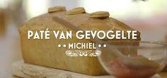 Paté en croûte van gevogelte Sweet Bakery, Baking Recipes, Holland, Vans, Bread, Om, Seeds, Cooking Recipes, The Nederlands