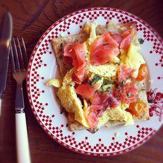 breakfast salmon pizza at La Boulange in SF.
