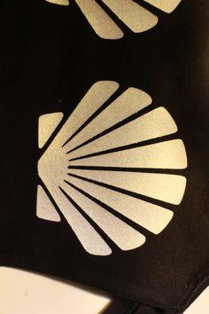 Shell Mermaid Sleeveless Crop Top Black by fashion4festivals