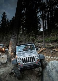 Jeep Rubicon - I want to go rock climbing