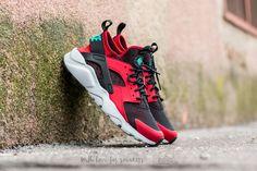 Nike Air Huarache Run Ultra Gym Red Clear Jade Black Pure Platinum Trainer