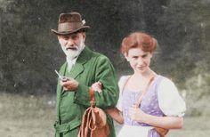 #SigmundFreud #AnnaFreud Sigmund Freud, Psychology, Hipster, Llamas, Scientists, Pictures, Food, World, Frases