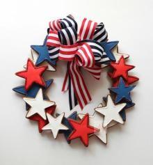 DIY Tutorial: Fourth of July / DIY Fourth of July Wreath - Bead