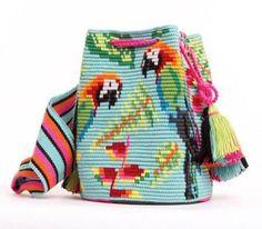 Worki mochilla i wayuu Tapestry Bag, Tapestry Crochet, Knit Crochet, Crochet Handbags, Crochet Purses, Crochet Bags, Mochila Crochet, Boho Bags, Knitted Bags
