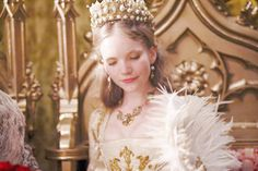 Tamzin merchant as Catherine howard