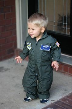 Toddler boy costume inspiration: customized flight suits for kids. Want to learn where you can get your own flight suit to be customized for Halloween or a cute welcome home with mommy and daddy overseas? Fantasticly made costume is perfect and HIGH quality.