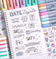 date layout ideas for bullet journal – – idee per il layout della data per il journal bullet – – 20 idee per il layout del journal bullet con cuiBullet Journal Layout Ideas per principianti ed idee per il layout del journal bullet con cui Bullet Journal Inspo, Bullet Journal Titles, Bullet Journal Banner, Journal Fonts, Bullet Journal Notebook, Bullet Journal Aesthetic, Art Journal Pages, Journal Prompts, Bullet Journals