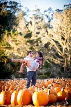 Portraits by Shanti Duprez / Half Moon Bay pumpkin patch photography Halloween Photography, Autumn Photography, Couple Photography, Photography Ideas, Portrait Photography, Fall Couple Pictures, Fall Family Photos, Fall Pics, Couple Pics