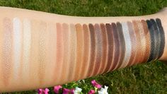 For those of us addicted to MAC, here's an awesome list of the great neutral shadows