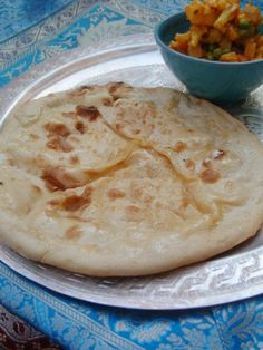 Recipe Naan Indian Bread with Cheese Indian Food Recipes, My Recipes, Vegetarian Recipes, Cooking Recipes, Cooking Tips, Tapas, Quiche, Good Food, Yummy Food