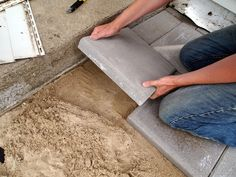 Detailed instructions on installing a patio THE RIGHT WAY! {Sawdust and Embryos}
