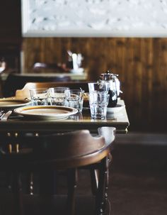 Table / Chantelle Grady