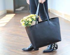 Mansur Gavriel large tote in black. Photo: Nina Frazier Hansen/Fashionista