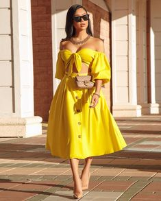 Button Skirt Plain Expansion Women's Two Piece Sets Dope Fashion, Star Fashion, Chic Outfits, Fashion Outfits, Fashion Ideas, Outing Outfit, Chic Couture Online, African Fashion, African Outfits