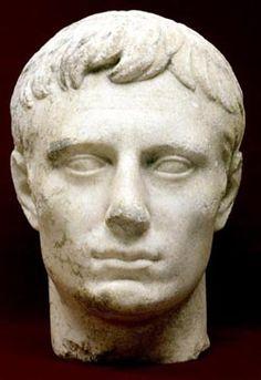 Troia -Odeionda bulunan Augustus kafası - T.C. Çanakkale Belediyesi Julius Caesar, Culture, Statue, Art, Troy, Art Background, Kunst, Performing Arts, Sculptures