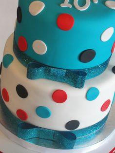 graduation cakes | Taylor's Graduation Cake and Cupcakes | Cakes by Kiley