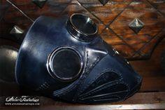 http://www.atelierfantastique.com/shop/masque-en-cuir/masque-steampunk-en-cuir/