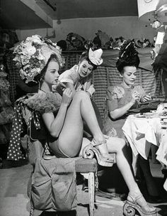 (L-R) Chorus girls Diane Van Alst, Mara Williams  Mary Mullens in the dressing room backstage at the Copacabana nightclub. Photo by Eileen Darby/Time Life Pictures/Getty Images.