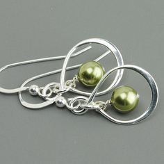 FIVE pairs of earrings - beautiful gift for your bridesmaids.  SET OF 5 Green Pearl Bridesmaid Earrings - Silver Infinity Earrings - Sage Green Swarovski Pearl Drop Earrings - Bridesmaid Gift - Wedding - $114 -