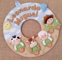 Felt Name Garland Baby Name Banners, Felt Name Banner, Felt Mobile, Baby Mobile, Felt Animal Patterns, Stuffed Animal Patterns, Felt Crafts, Diy And Crafts, Crafts For Kids