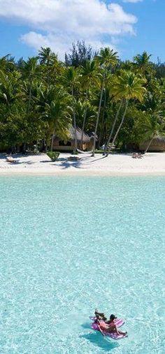 Bora Bora Pearl Beach Resort and Spa  Top  Bora Bora  Resorts  TBora Bora is a wonderful Tropical Island in French Polinesia in the Pacific. See all the reviews of the top Bora Bora luxury, hineymoon and vacation resorts    #honeymoon #resort #bora bora